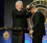 David Warner gana nuevamente la medalla de Allan B...