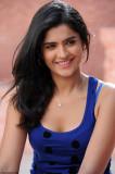 Deeksha Seth Últimas fotos de Nippu Movie Deeksha...