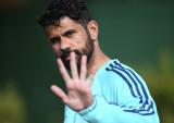 El delantero del Chelsea, Diego Costa, listo para...