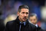 Diego Simeone saluda al Atlético de Madrid por 40...