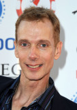 Doug Jones El actor Doug Jones llega a la 1ª edici...