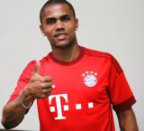 Bayern Munich firma Douglas Costa para la temporad...