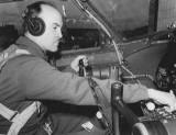 Pilotos Ingenieros de Pruebas de Vuelo Edmund T Ed...