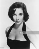 Elizabeth Taylor 19322011 Actriz británica vistien...