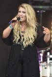 Ella Henderson se presenta en Fusion Festival en O...