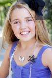 Emily Grace Reaves tiene 155 más imágenes Celebrit...