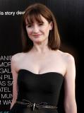 Emily Mortimer actúa en el estreno de Emily Mortim...