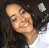 Emily Torres es una de 300 000 estudiantes de Nuev...