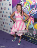 Emmy Perry asiste al estreno de My Little Pony Equ...