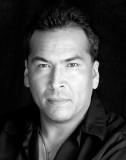 Eric Schweig