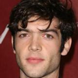 Ethan peck 30 actor de televisión 17 ethan bortnic...