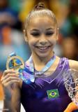 Flavia Saraiva de Brasil celebra el podio tras gan...