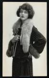Frances Bavier como una mujer joven frances bavier...