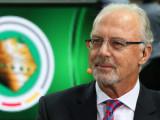 Franz Beckenbauer fue prohibido provisionalmente p...