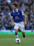 Gareth Barry Gareth Barry de Everton en acción dur...