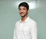 Gautham Karthik tiene