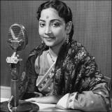 Presentado por Geeta Dutt en el año 1969 Geeta Dut...