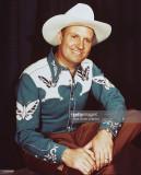Gene Autry 19071998 EE.UU. cantante y actor con un...