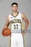Georges Niang de los Indiana Pacers posa para un r...