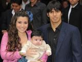Personalidades Sergio Aguero con su esposa Giannin...