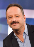 Gil Bellows recargado y montando Mad Ship