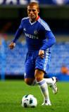 Gokhan Tore jugando en un Chelsea