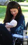Su hermana pequeña Gracie Elliot Teefey Selena Gom...