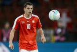 Granito Xhaka nuevo Arsenal firma halagado por Bas...