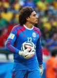 México Goalie Saves VÍDEO Guillermo Memo Ochoa Shi...