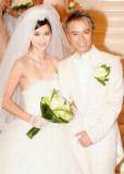 Hacken Lee se casa con Emily