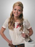 Hannah Lochner tiene 91 más imágenes Celebrity Pic...