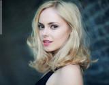 Sesión fotográfica de Hannah Tointon por Faye Thom...