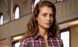 Hannah Ware es una operativa con secretos en REDLI...