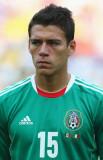 Héctor Moreno Héctor Moreno, de México, mira antes...