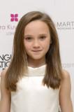 Isabelle Allen como Ellyn s 10 años de edad