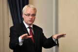 Ivo Josipovic gana la elección presidencial croata