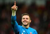 Gordon Banks apoya la estrella de Stoke City Jack...