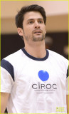 James Lafferty Ciroc Corte Baloncesto Juego Foto 2...