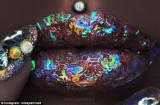 Efecto futurista del holograma de Jazmina