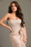 Me contactó con esa reciente Miss Honduras Jennife...