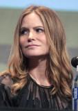 Jennifer Jason Leigh obtiene la primera nominación...