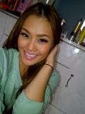 Jennifer Nguyen Fumar Dosis Caliente