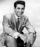 Jerry Vale cantante que encabezó las listas en 195...