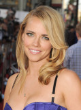 JESSICA BARTH en el Universal Pictures Ted Premier...