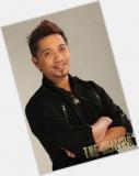 Jhong Hilario Sitio Oficial para el Hombre Lunes M...