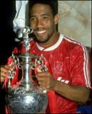 John barnes Campeones del Liverpool FC