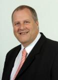 Conoce a John Hicks, miembro del prestigioso Insti...