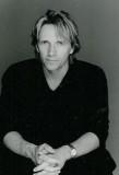 John Ralston nació el 9 de octubre de 1964 es un a...