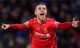 Jordan Henderson firma nuevo acuerdo de cinco años...
