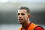 Liverpool vicecaptain Jordan Henderson se comprome...